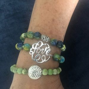 Green/Blue Beads; Silver insert and accents 💚💙